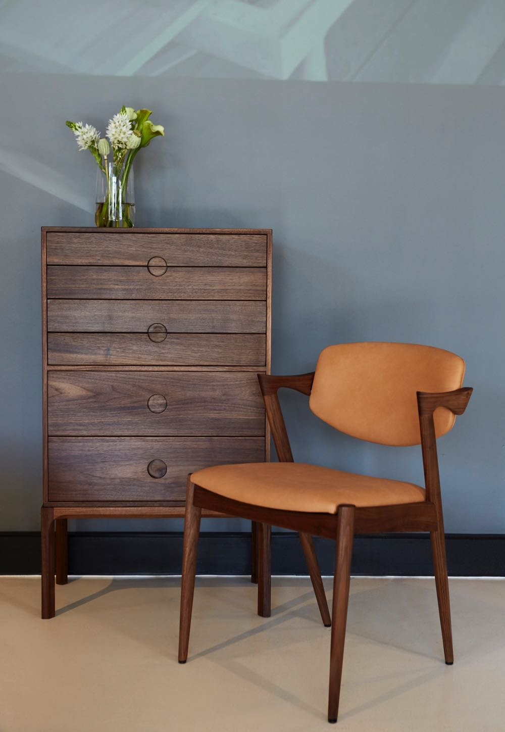 Kai Kristiansen's Entré 3B in Walnut with Model 42 chair.