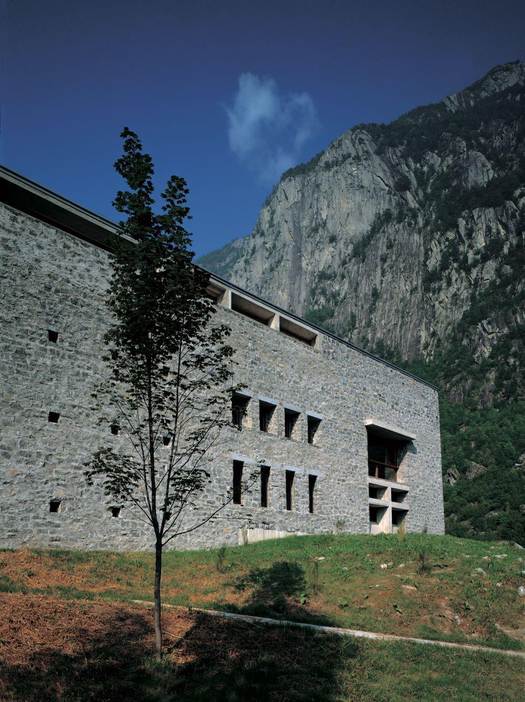 Act_Romegialli's Casa delle Guide Alpine Lodge in Valmasino Sondrio, Italy (1996). A Fortress of stone with a tranquil core. Photograph by Filippo Simonetti.