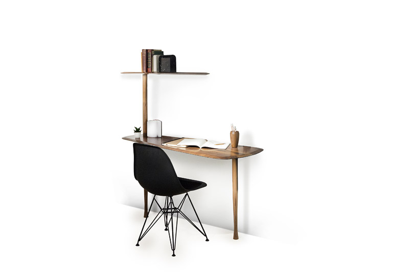 Barcelona brand 'Nomon' showed their 'Escritorio' (desk) and several variations of shelving.