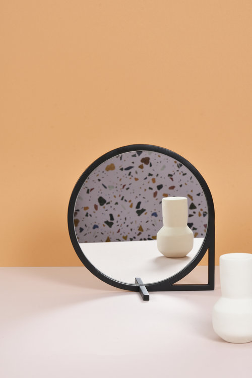 'Lo' mirror by Laurent Batisse for eno studio.