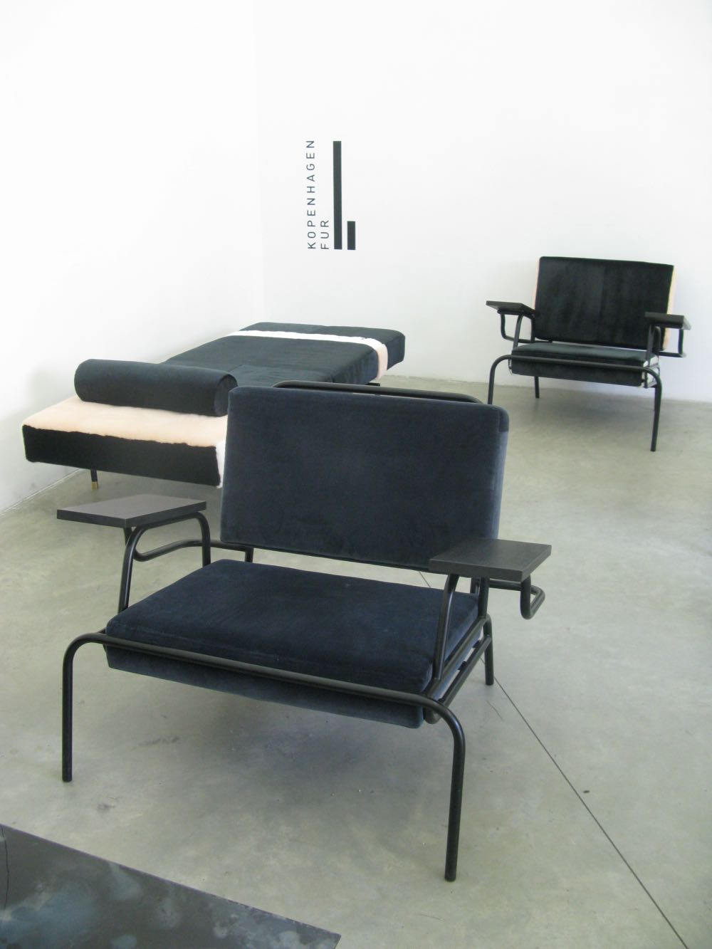 Amanda Lilholt's Han chairs and daybed at Ventura Lambrate.