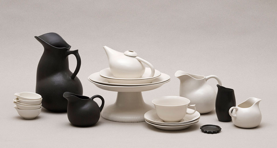 Vanessa Lucas' voluptuous cast porcelain pieces in soft matt glazes in black and and white. Photograph by Helen Skuse.