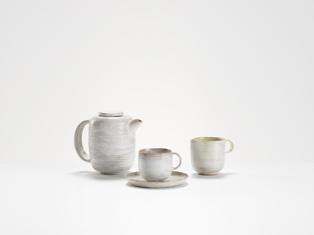 Early Tea set (1930) by Lucie Rie. Photograph by Michael Harvey.
