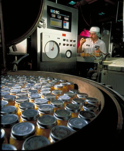 Jar canning line.jpg