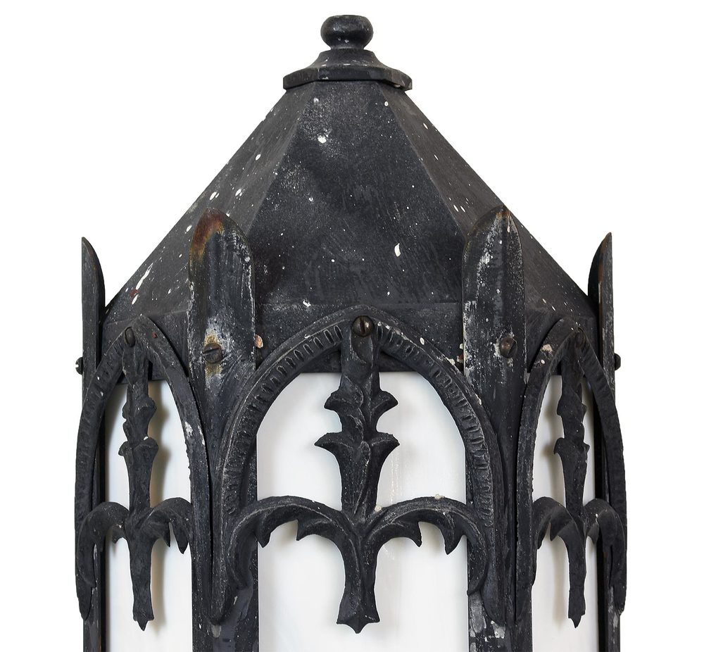 45952-gothic-exterior-sconce-detail2.jpg