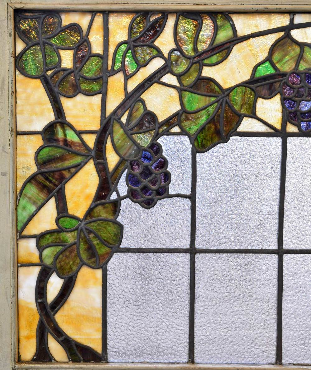 46074-textured-and-stained-glass-window-with-grapes-detail2.jpg