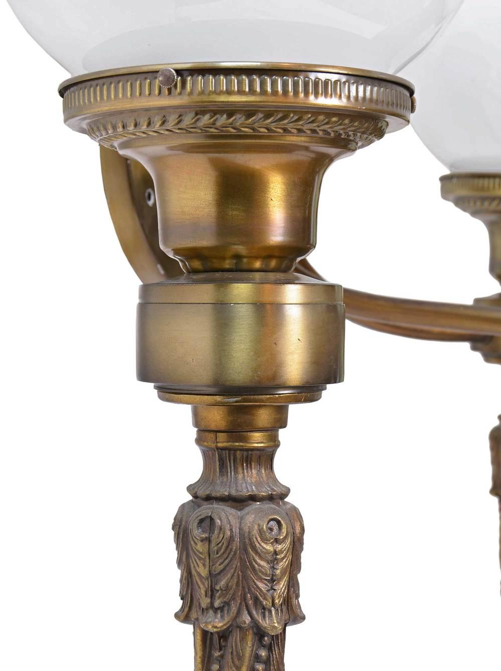 46140-brass-3-arm-sconce-detail.jpg