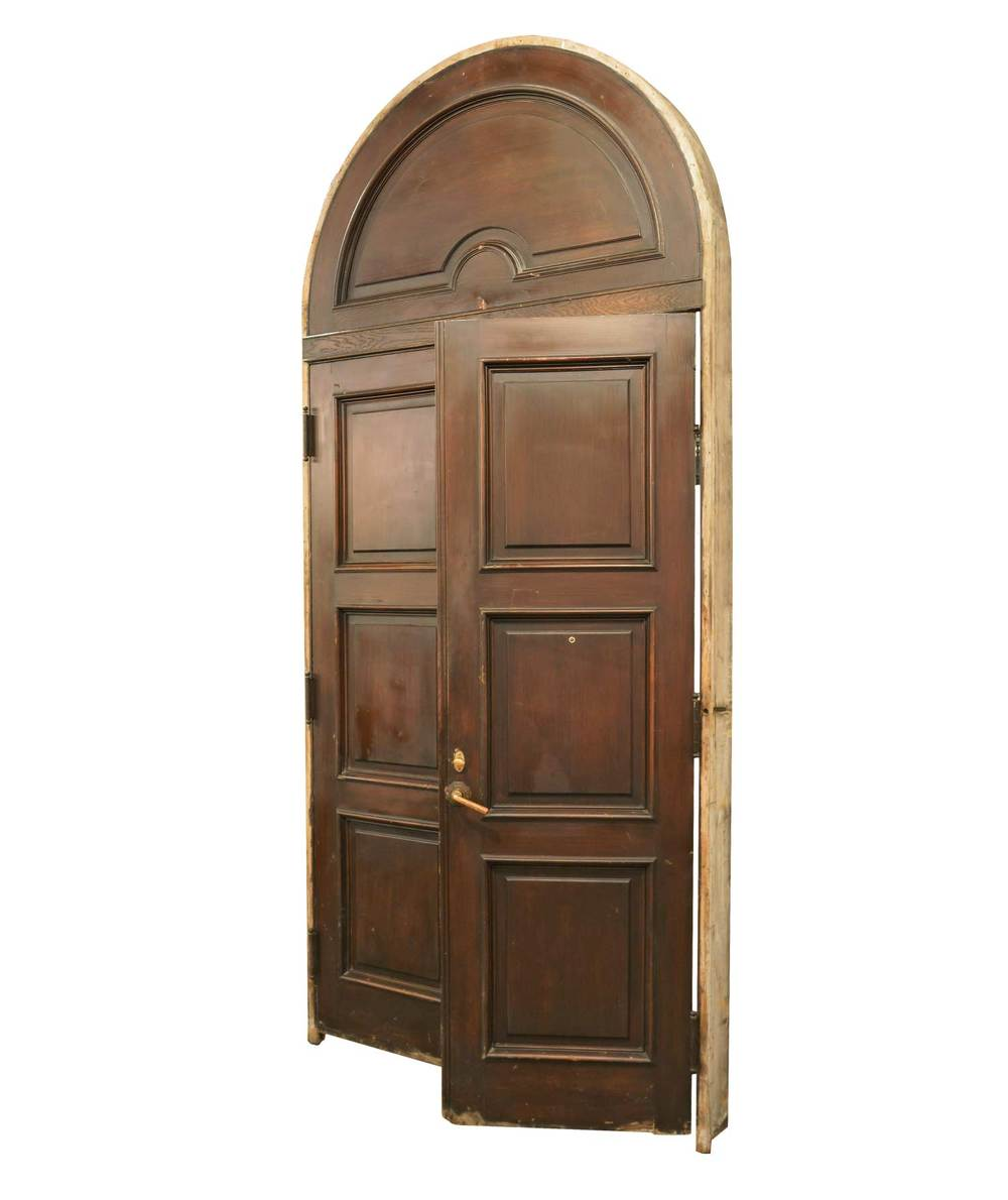 46248-arched-door-with-jamb-angle.jpg