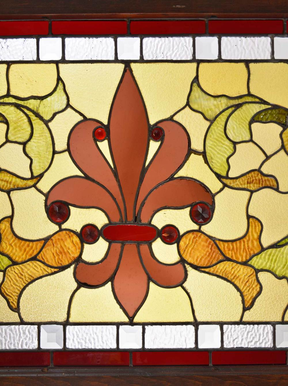 46381-victorian-leafy-window-with-flash-glass-anthemion-and-jewels-center-detail.jpg