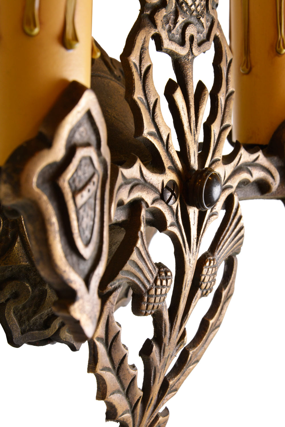 46580-bronze-thistle-sconce-DETAIL.jpg