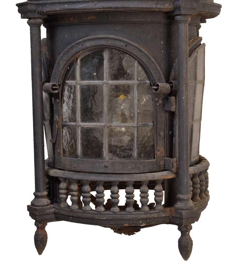 46623-iron-lantern-with-doors-BOTTOM.jpg