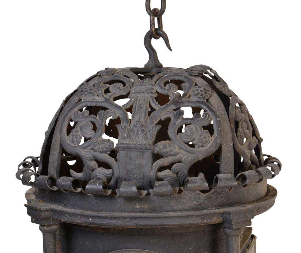 46623-iron-lantern-with-doors-TOP.jpg