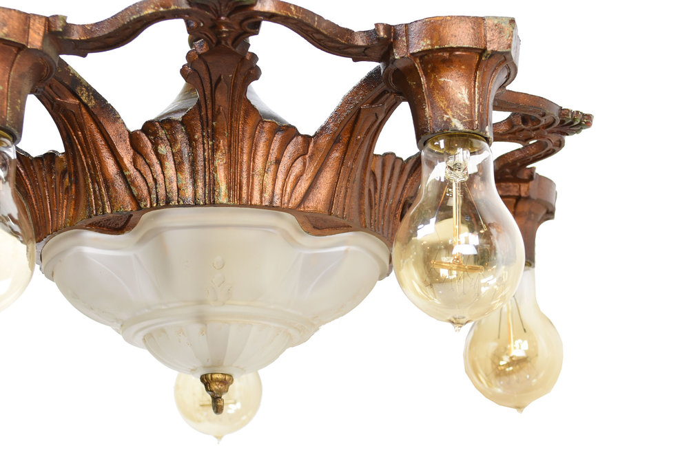 46637-painted-aluminum-chandelier-with-central-light-and-5-side-lights-bottom.jpg