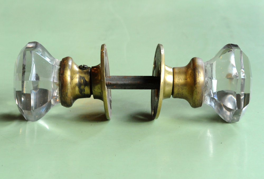 H20069-multi-faceted-crystal-knob-full-side-view.jpg