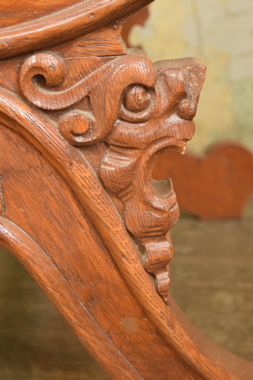 46897-arm-chair-with-zeus-face-leg-lion-detail.jpg