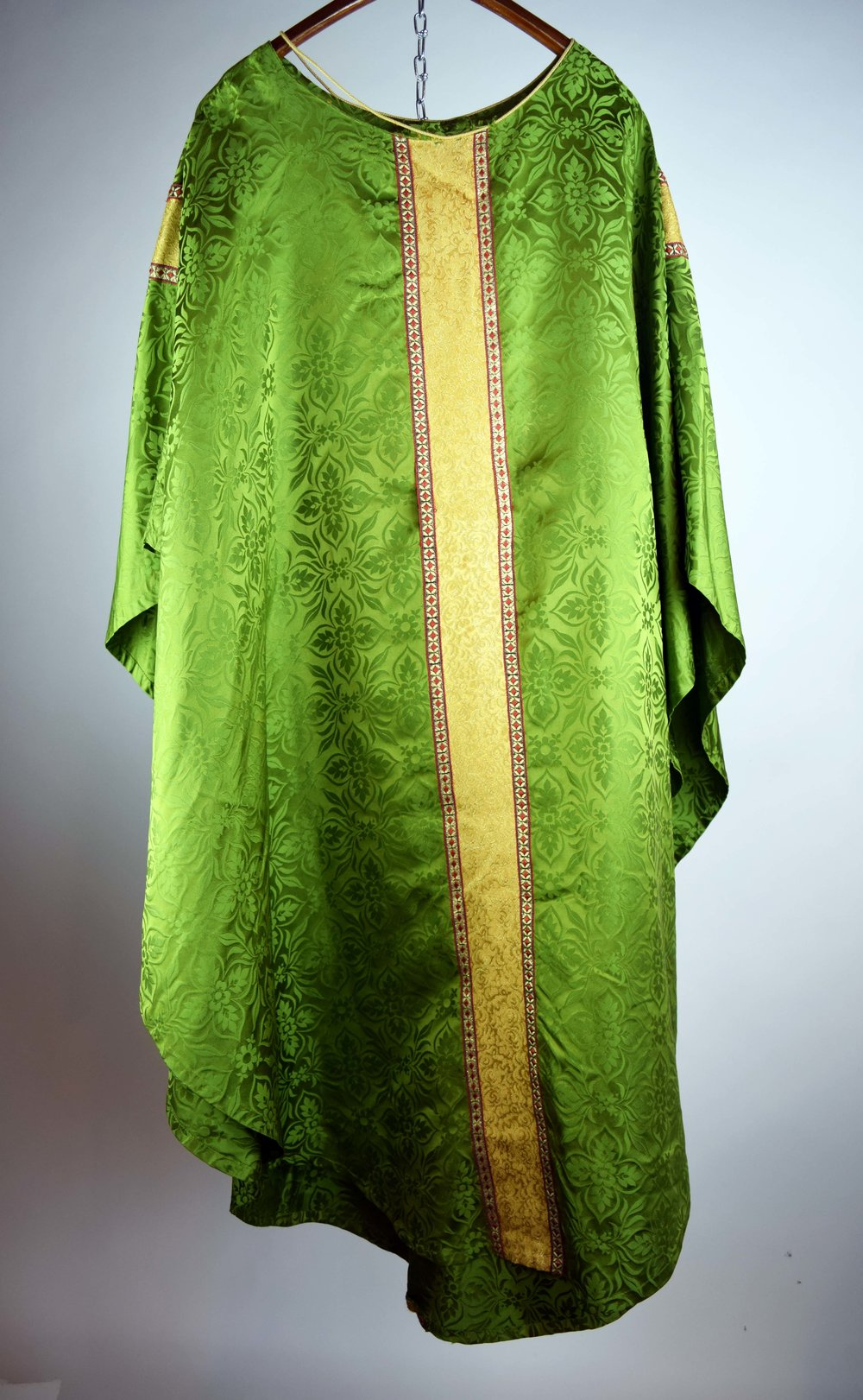 43381-4-religious-robe-back.JPG