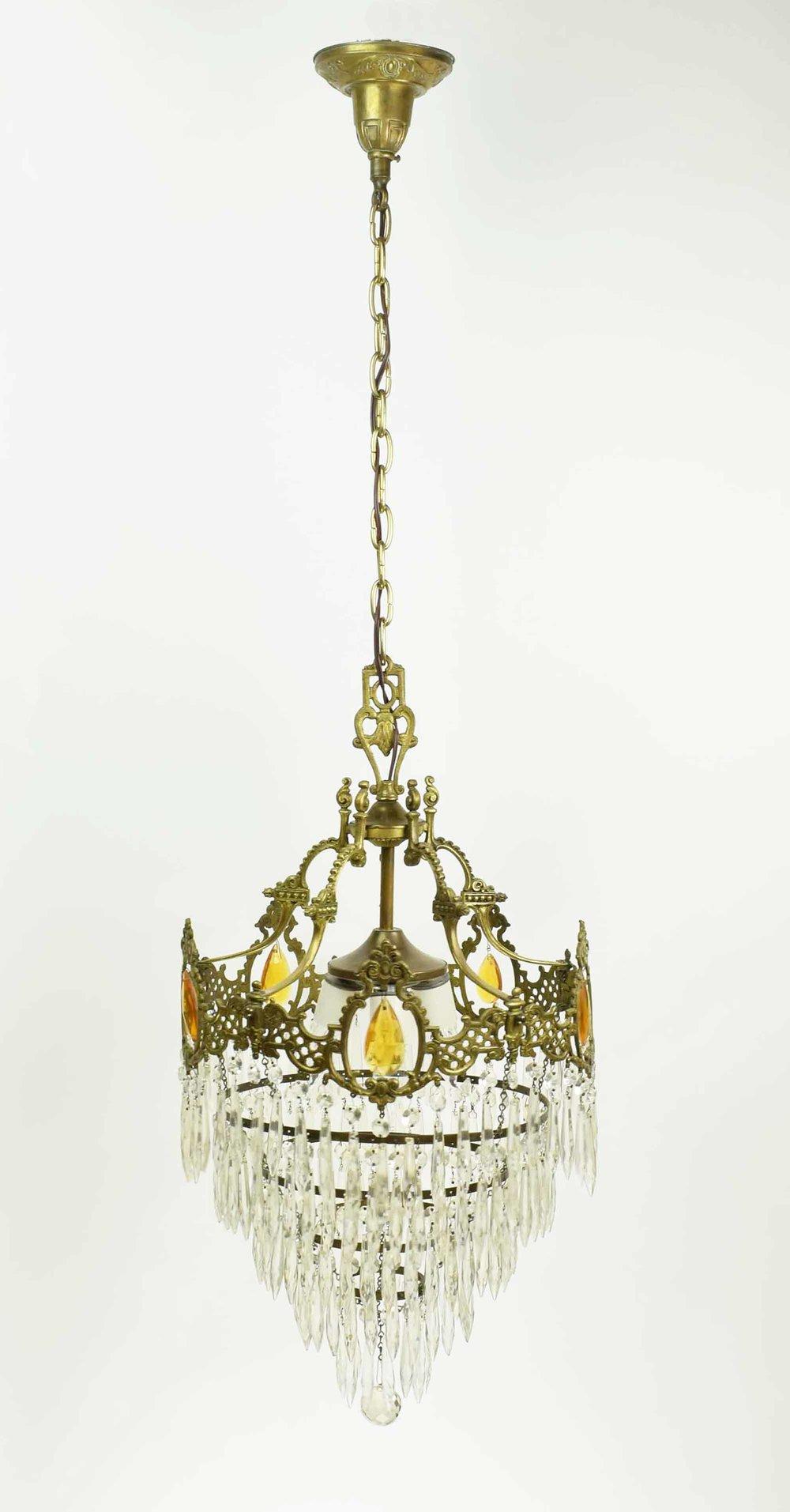 46932-wedding-cake-chandelier-FULL.jpg