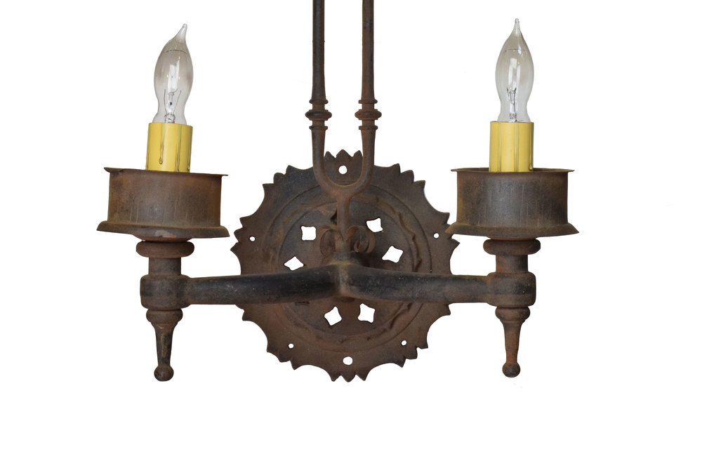 46997-iron-2-candle-sconce-with-prongs-base.jpg