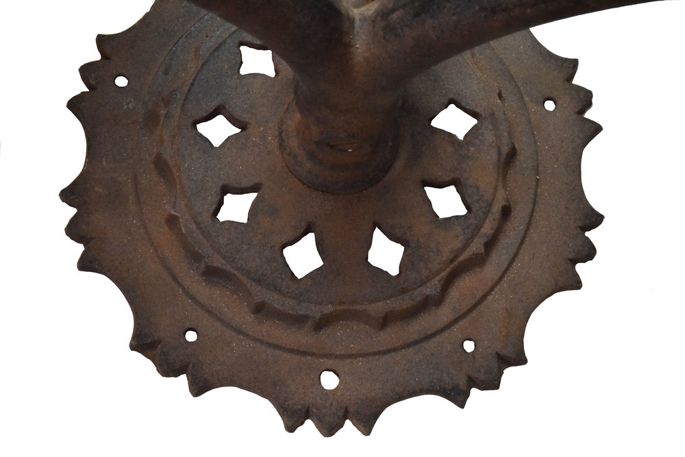 46997-iron-2-candle-sconce-with-prongs-base-detail.jpg