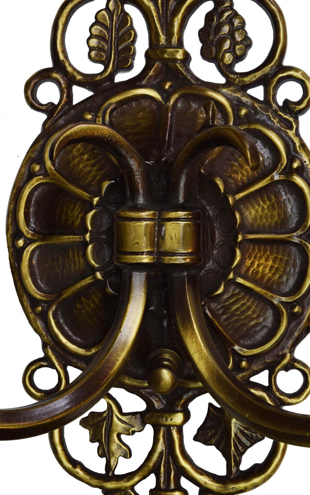 47017-oscar-bach-2-arm-sconce-center-detail.jpg