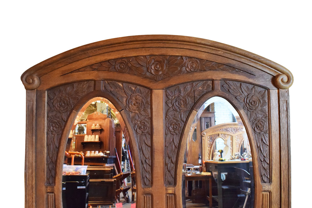 46992-oak-frame-with-oval-mirrors-top.jpg