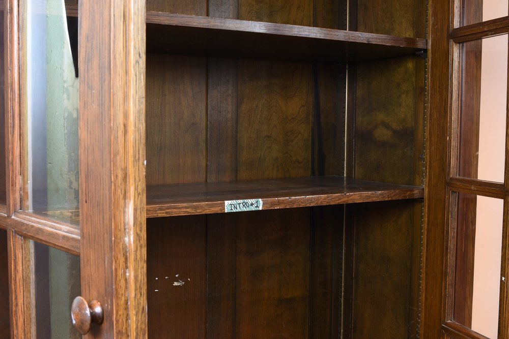 47028 two door school room cab shelf.jpg