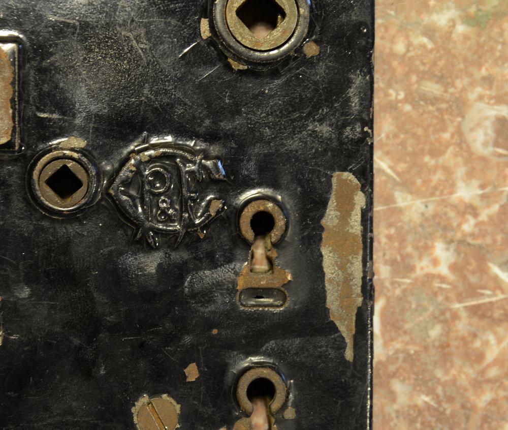 H20122-eastlake-doorset-MAKERS-MARK.jpg