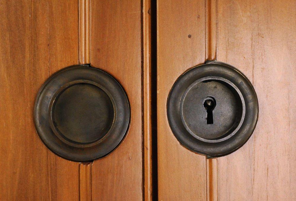47089-full-view-pocket-door-set-hardware.jpg