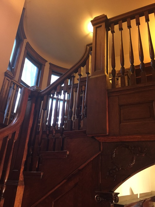 CHICAGO STAIRCASE -