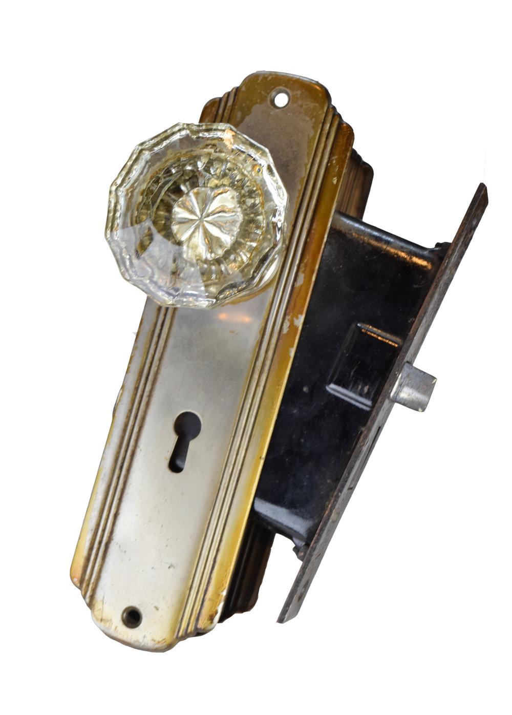 H20135-glass-knobs-streamline-plates-full3.jpg