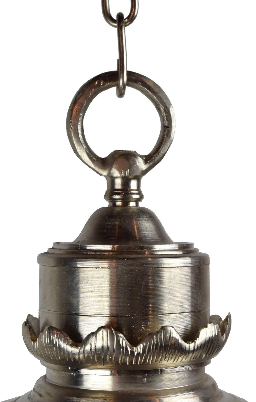 47168-small-spherical-nickel-pendant-chain-detail.jpg