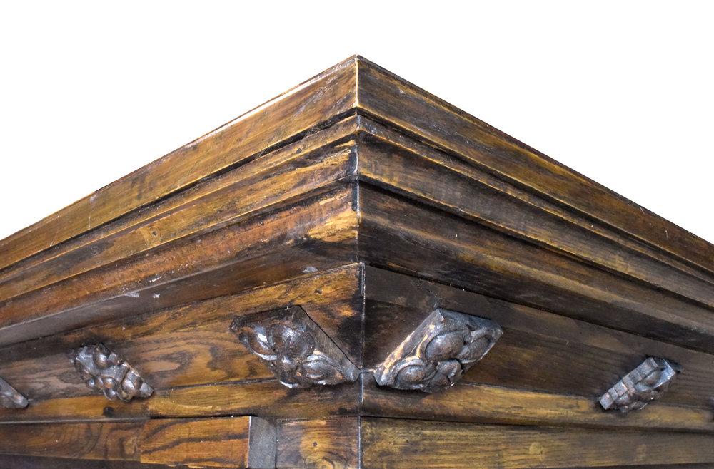 47229-wood-altar-corner-detail.jpg