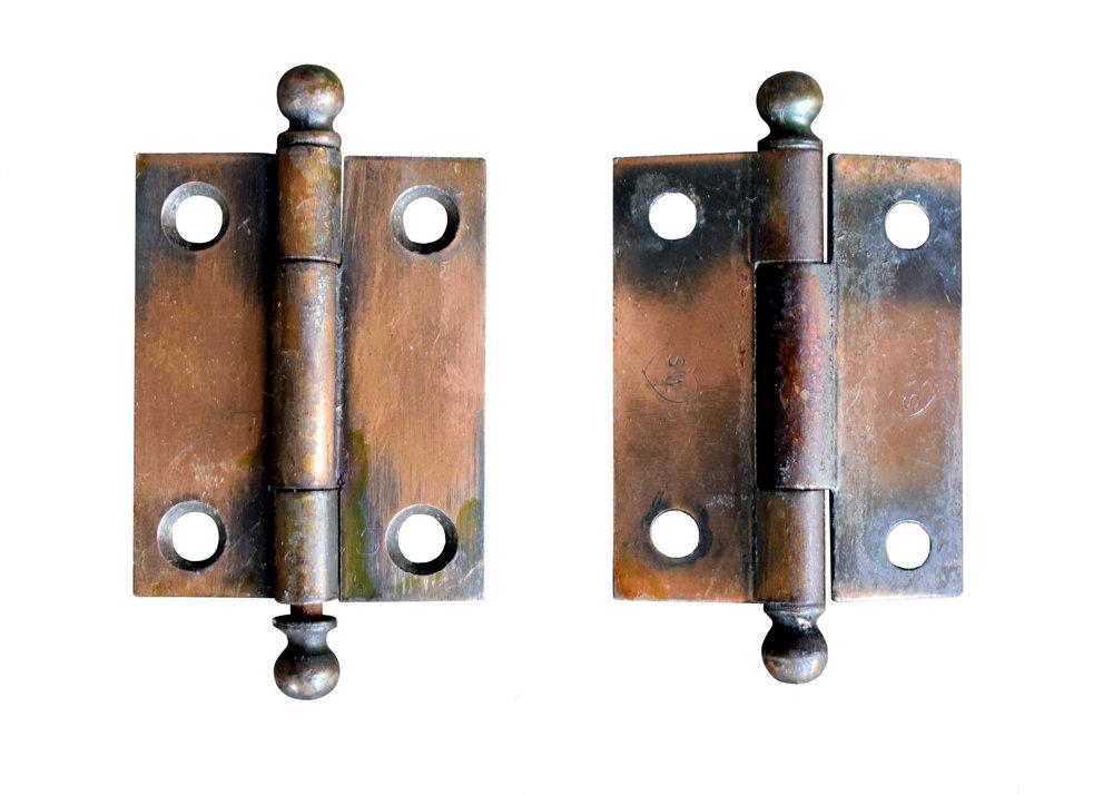 H20141-gilt-satin-cabinet-hinge-front-back.jpg