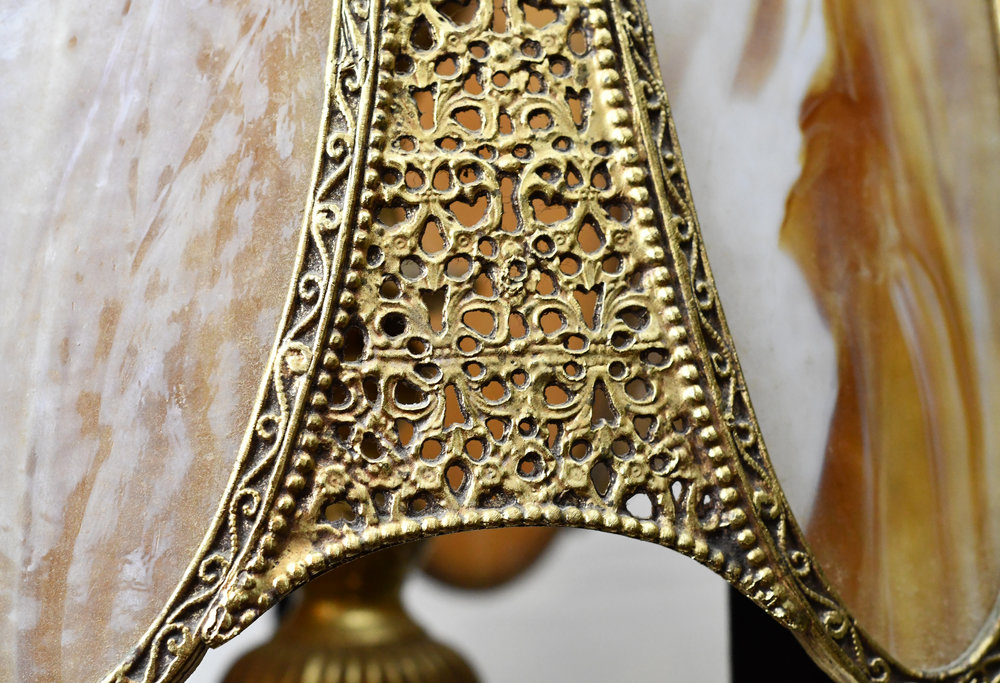 47331-brass-pendant-with-filagree-filagree-detail.JPG