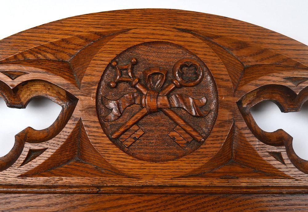 47349-oak-altar-rail-entrance-top-detail-marija.jpg