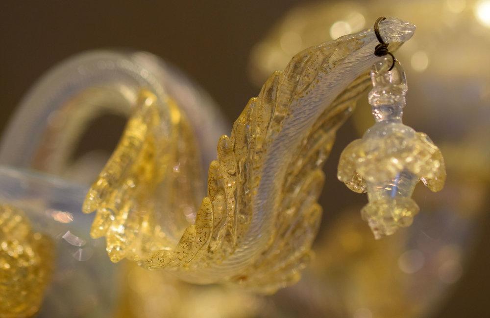 47414-murano-sconce-gold-detail.jpg