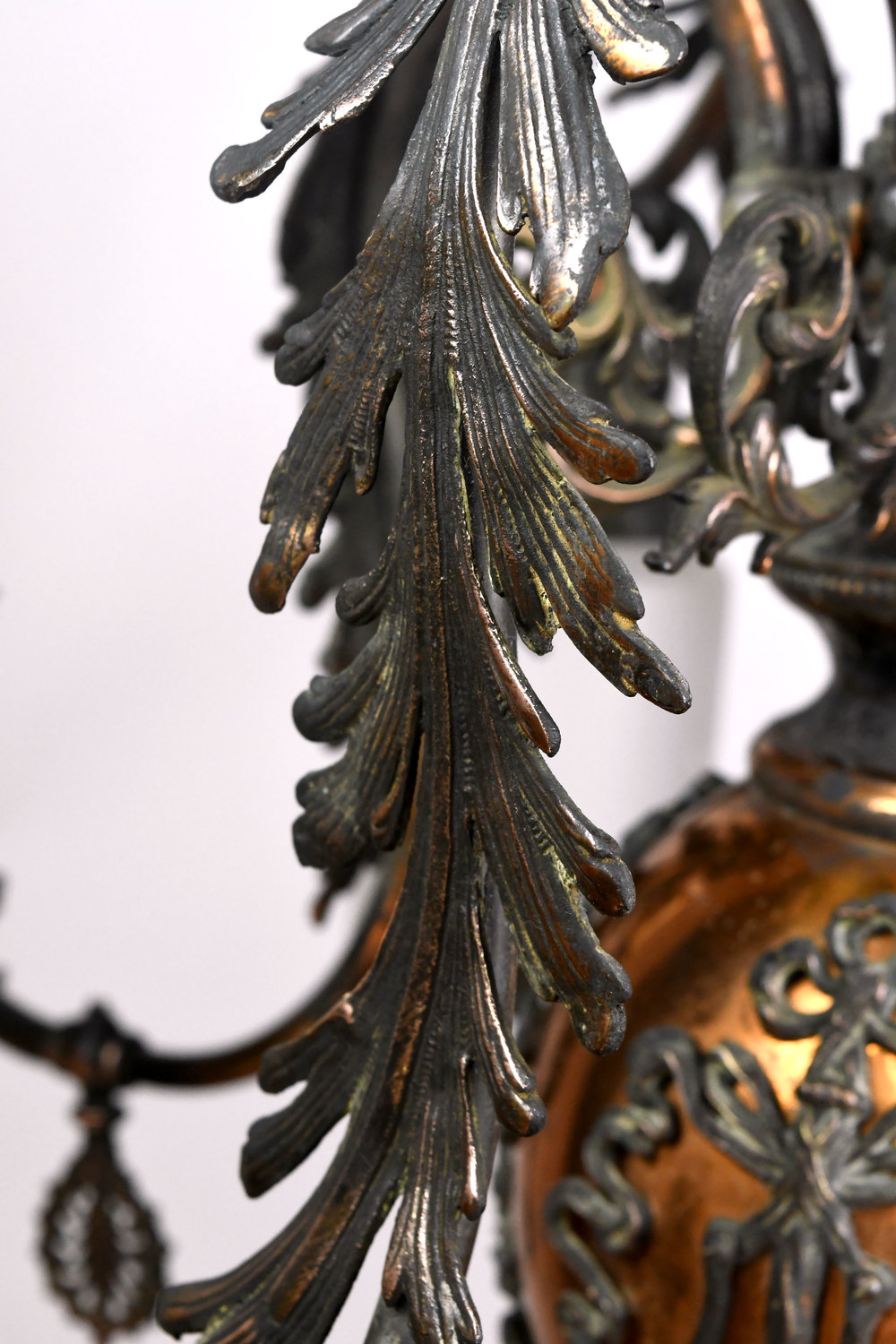 47471-gilt-satin-gas-electric-chandelier-arm-detail.jpg