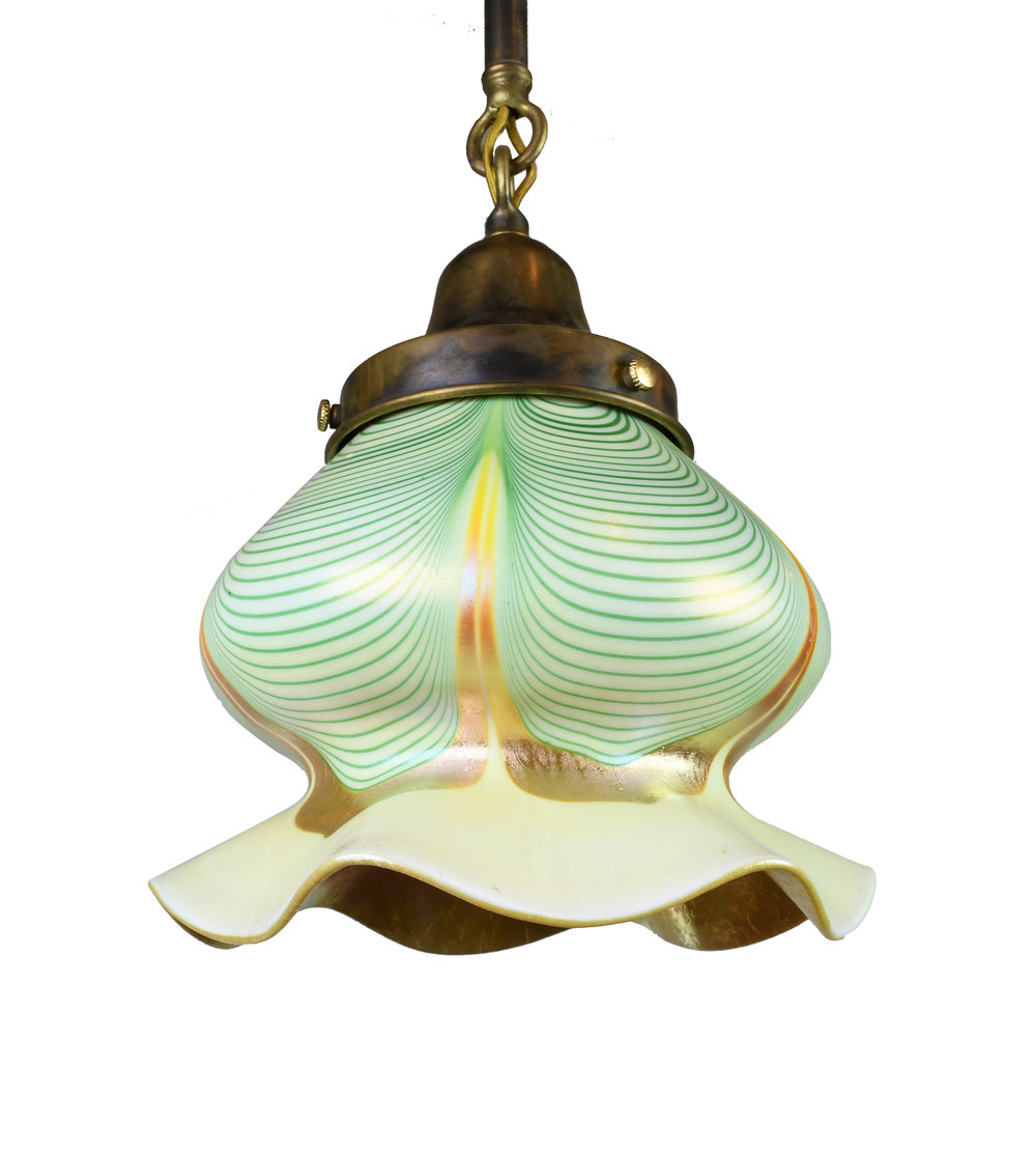 "3 1/4"" pulled feather steuben on pendant"