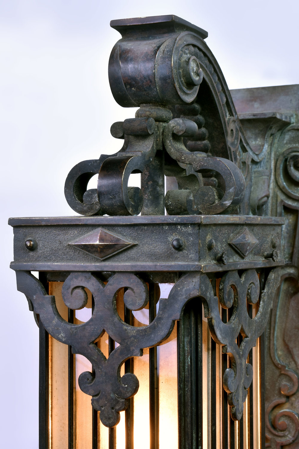 47236-cast-bronze-sconce-with-leaded-glass-shade-close-detail.jpg