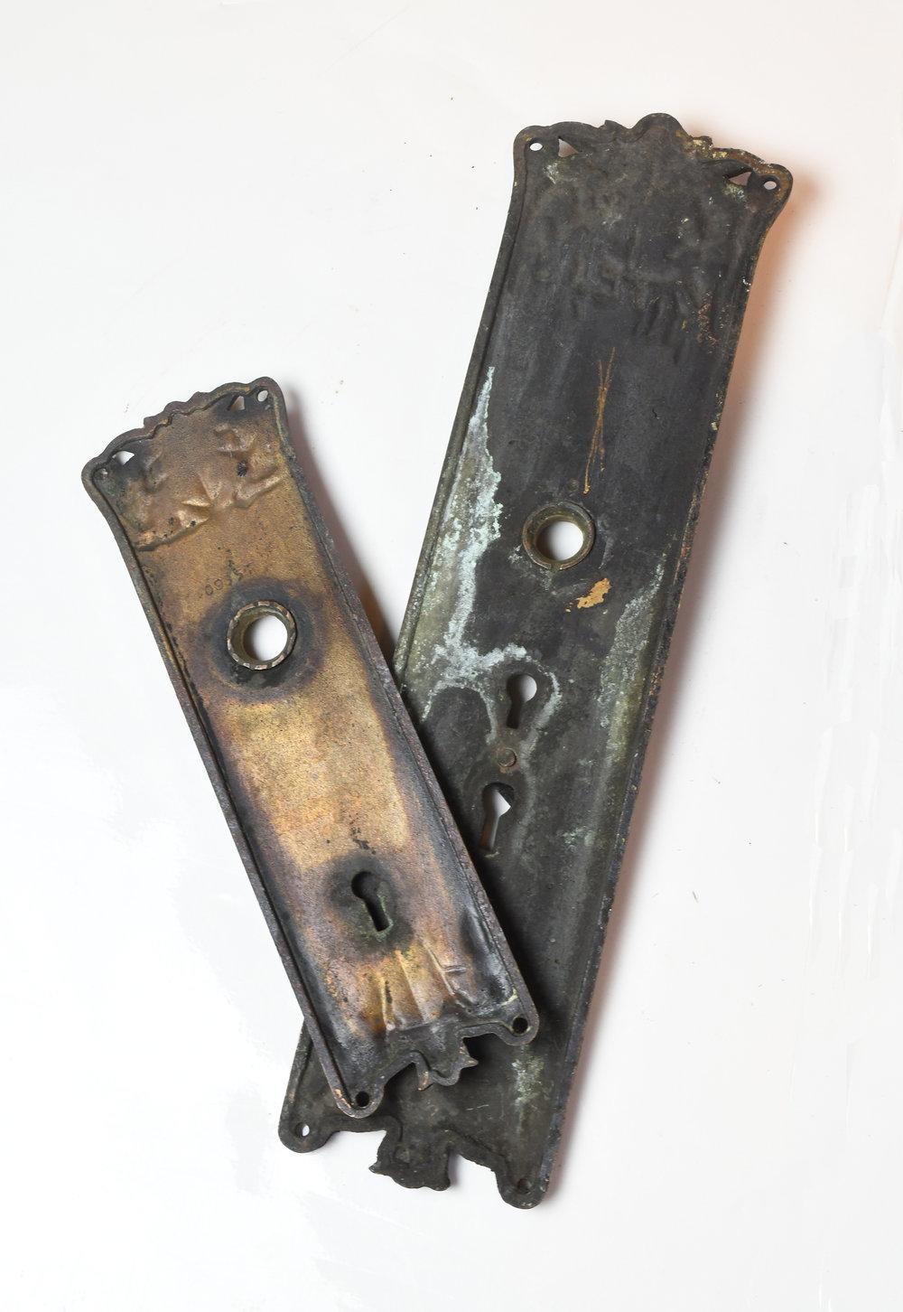H20169-cast-brass-corbin-florence-door-knob-set-both-back-1.jpg