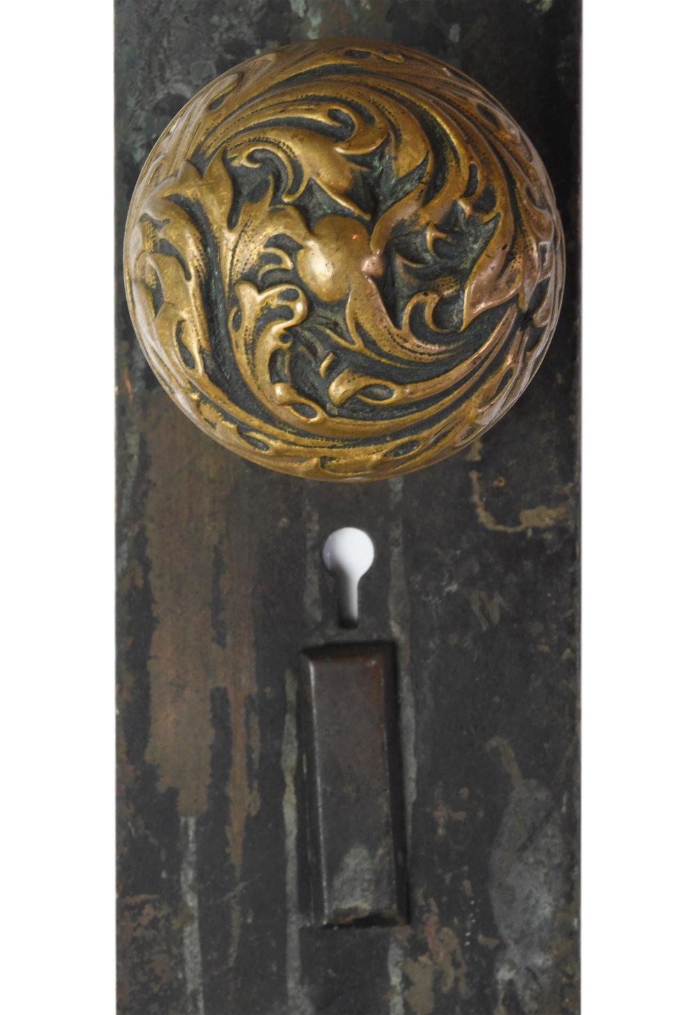 H20169-cast-brass-corbin-florence-door-knob-set-large-5.jpg