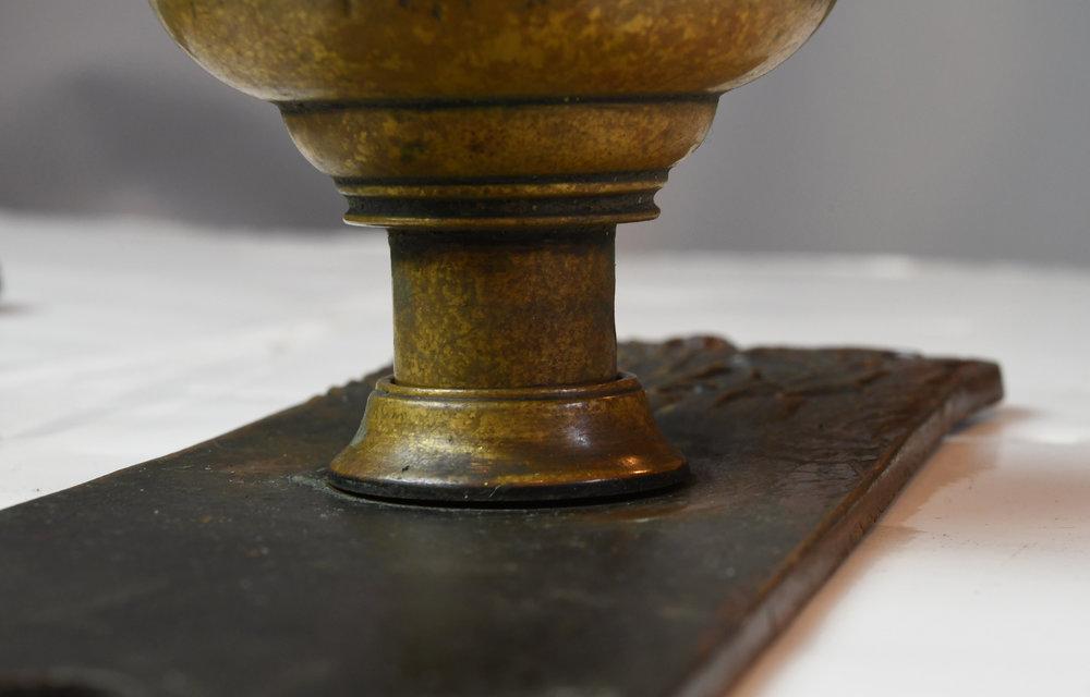 H20169-cast-brass-corbin-florence-door-knob-set-small-detail-1.jpg