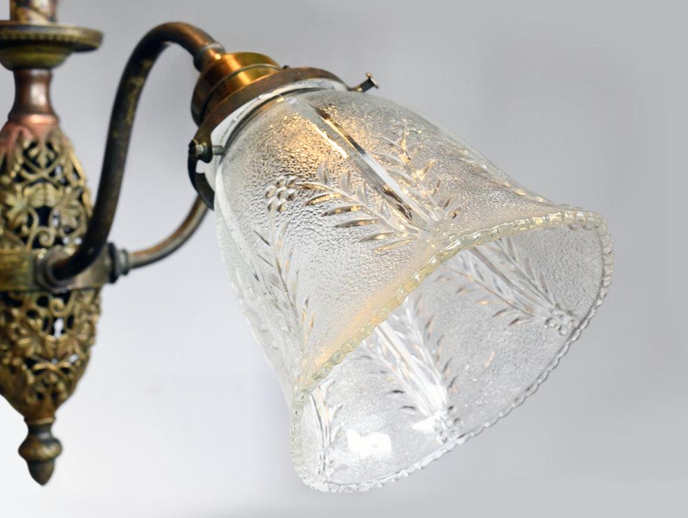 47597-brass-4-arm-chandelier-glass-2.jpg