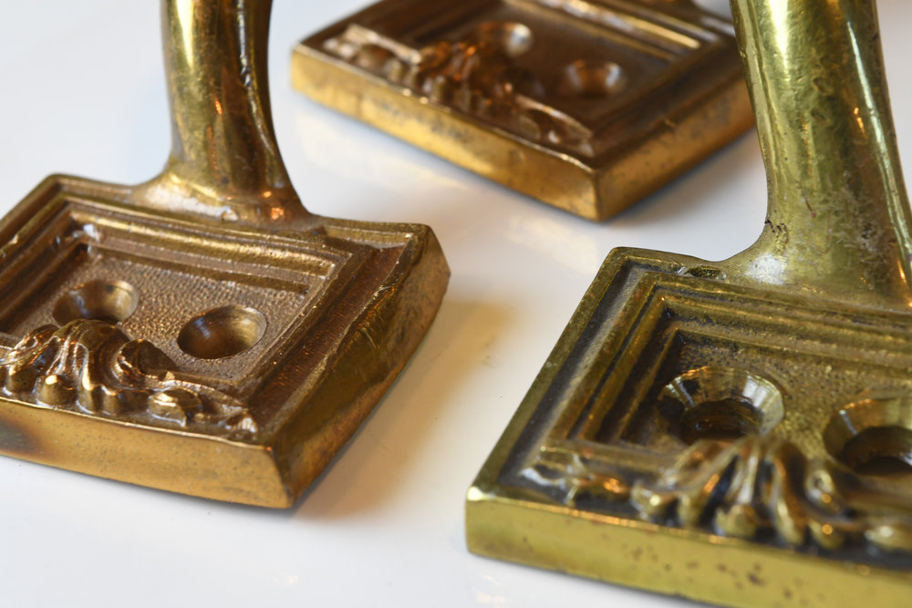 H20171-cast-brass-drawer-pulls-group-5.jpg