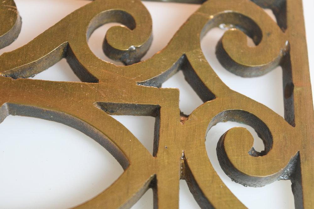 47604-cast-brass-deco-wall-grate-detail-9.jpg