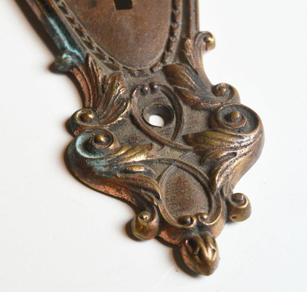 42968-victorian-bronze-door-plate-detail-1.jpg