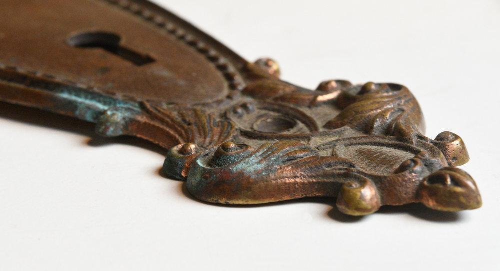 42968-victorian-bronze-door-plate-detail-4.jpg