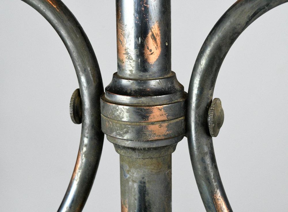 47501-gilt-satin-gas-converted-chandelier-detail-1.jpg