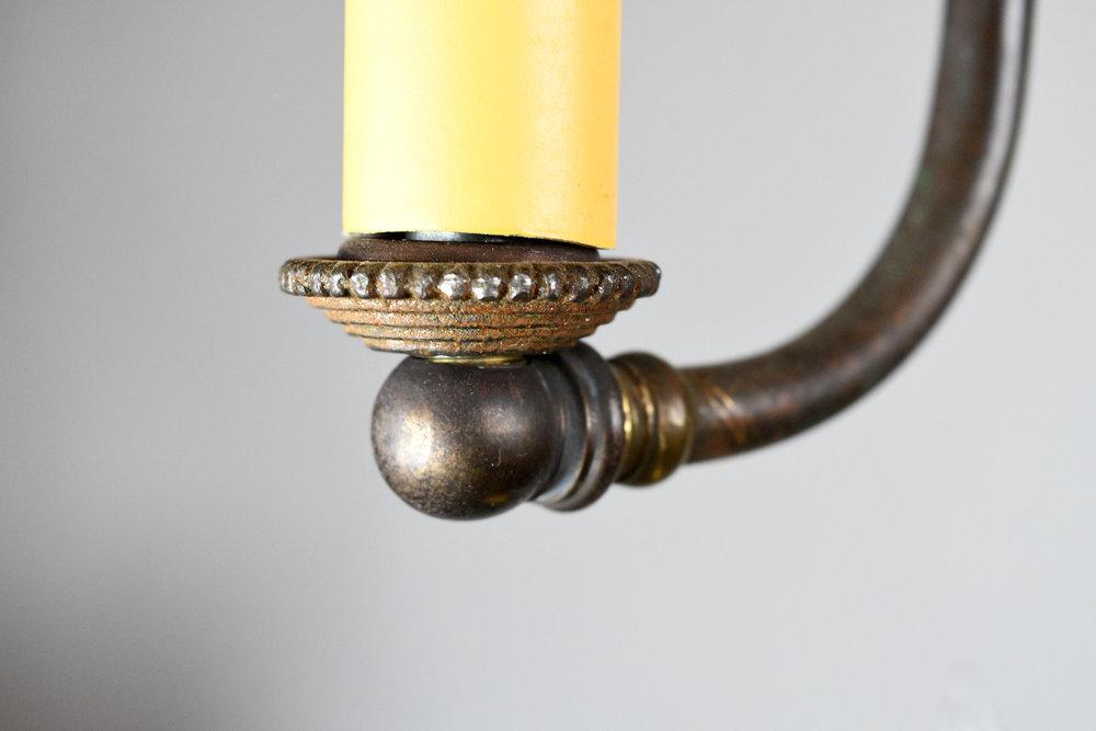 47501-gilt-satin-gas-converted-chandelier-detail-19.jpg