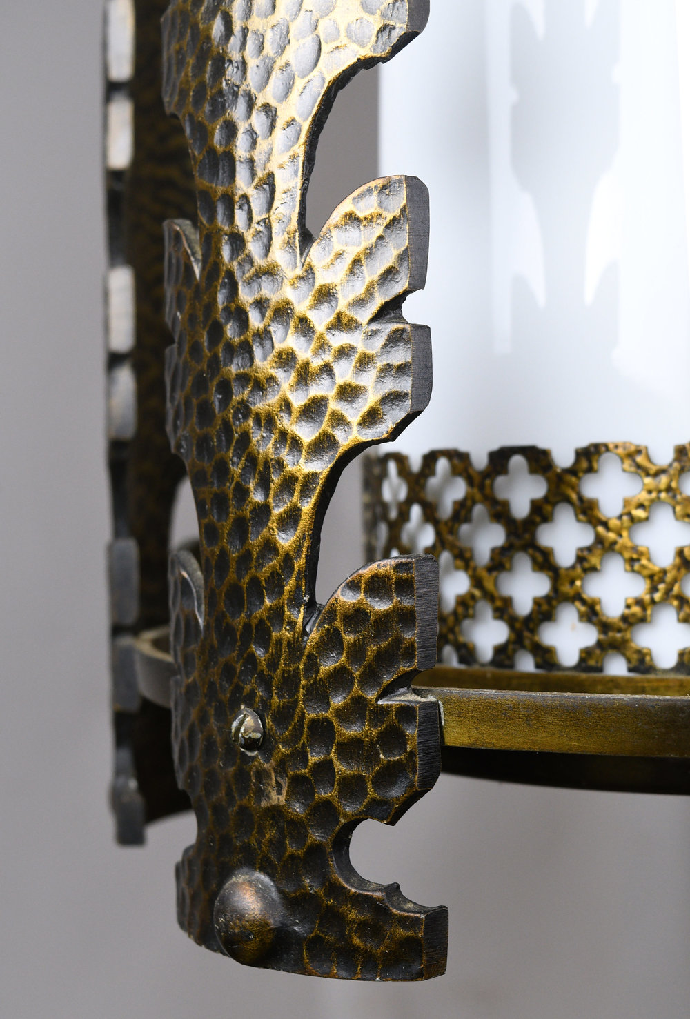 47634-midcentury-tube-pendant-closeup.jpg